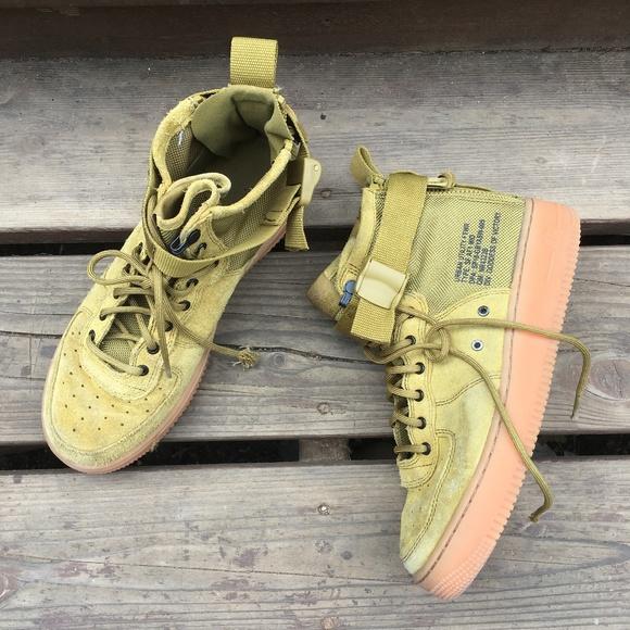 Afirmar traqueteo centavo  Nike Shoes   Boys Nike Sf Af Mid Urban Utility Shoes Sneakers   Poshmark